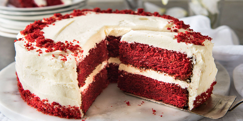 The Classic Red Velvet Cake With Lip,smacking Creamy
