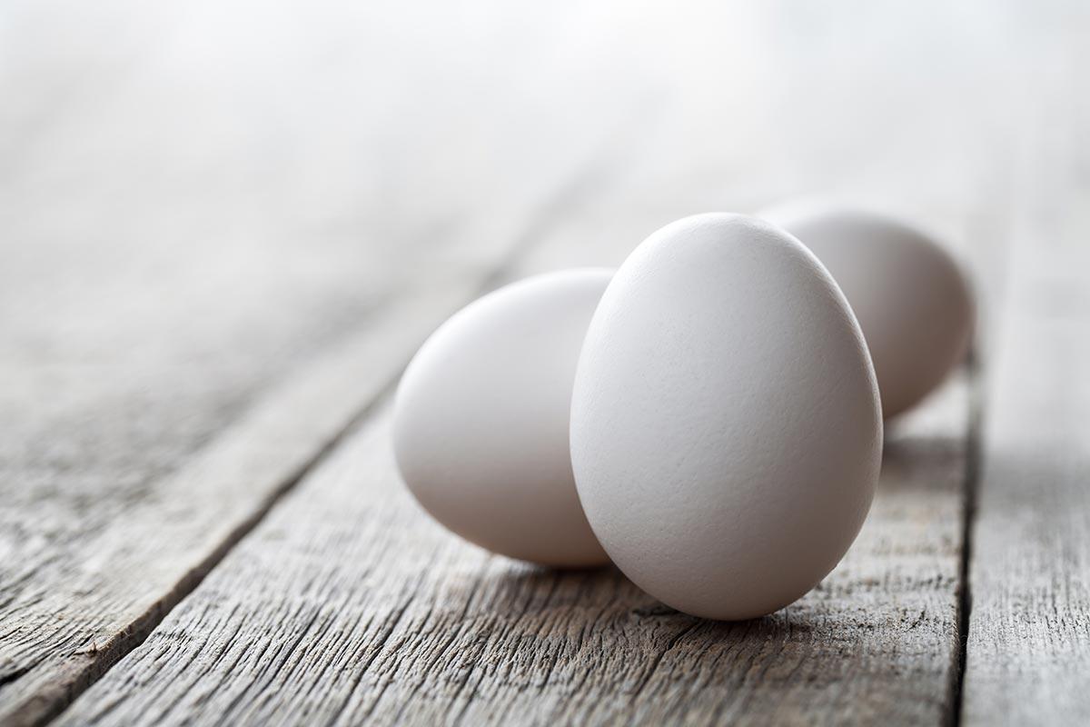 beat-eggs-in-baking