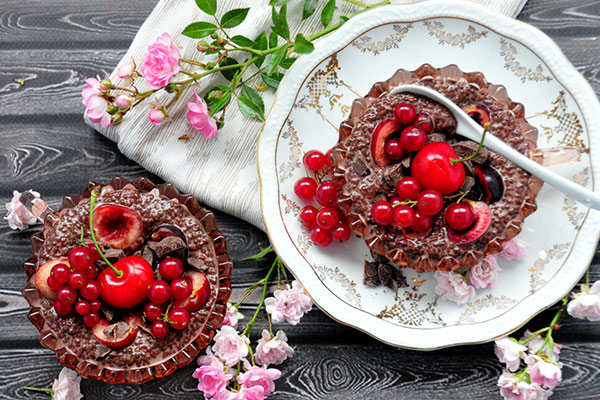 Chocolate Cherry Chia Pudding
