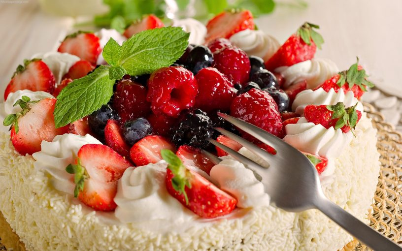6 Cakes To Satiate The Sweet Cravings Of Fitness Freaks In Delhi
