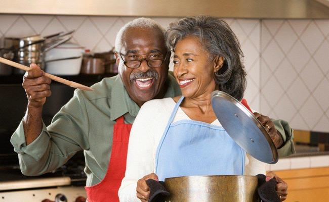 Cook Dinner for Your Partner on Valentine