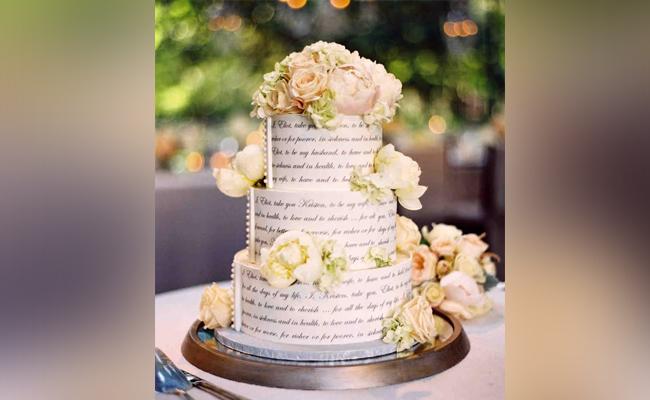 wedding vow cake