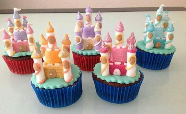Mini castle cupcakes