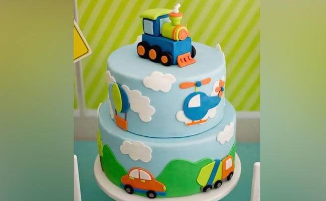 On the Move Cake - A 2 Tier Babyshower Cake