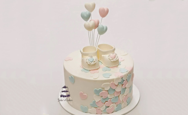 Lovely Baby Shoes Cake for Babyshower