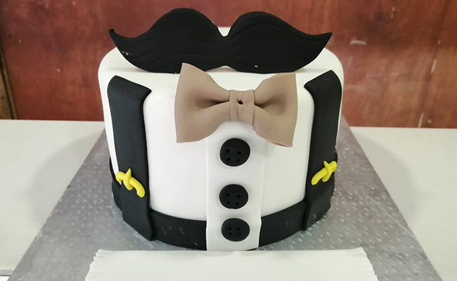 Mustache Cake/Cupcakes