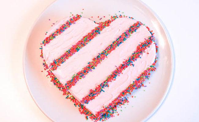 Easiest Heart Cake