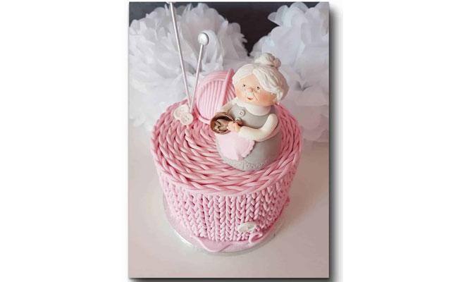 Knitting Grandma Cake