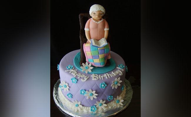 Storyteller Grandma Cake