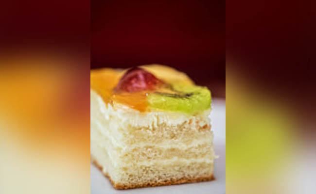 Low fat cake
