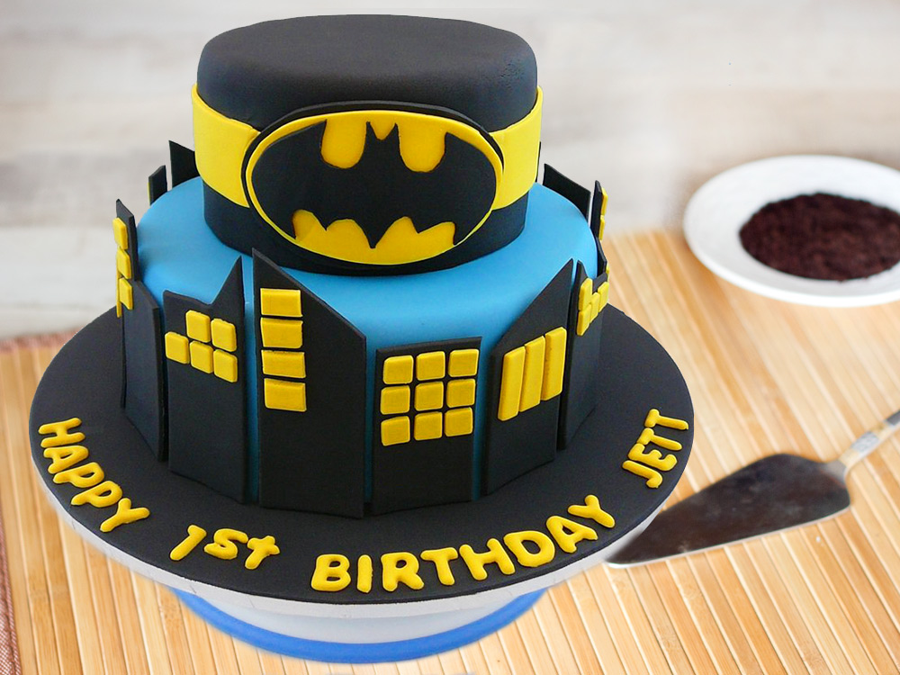 Bring The Superhero Out Of Your Kid With 7 Amazing Birthday Cakes