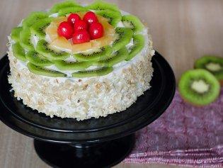 Kiwi Fruit Cake For Employee Birthday